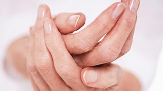 dolor-artritis-psoriasica_323x180